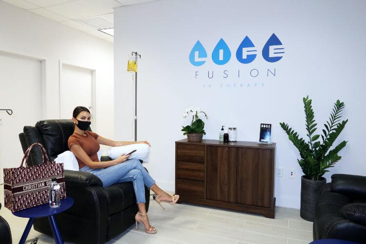 Terapia IV Infusión de Vitaminas Intravenosa Suero de Vitaminas Miami Doral Revitaliza tu Cuerpo